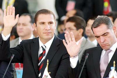 """La prensa y los """"Blagojevichs"""" de México"""