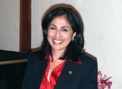 Lisa Hernández se mantiene en el distrito 24th