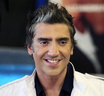 Alejandro Fernández tras cirugía canta para su padre