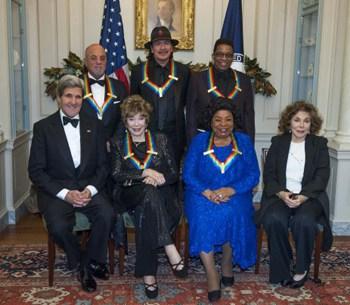 Santana, Arroyo y otros distinguidos en el Knnedy Center
