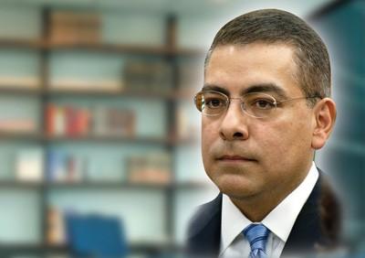 Jesse Ruíz investigará contratos de CPS