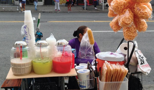 Vendedores ambulantes, esperan legalización