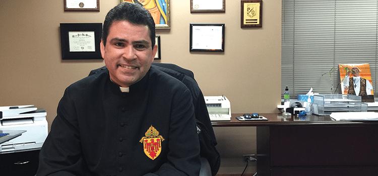 """Nuevo rector del Cerrito del Tepeyac: """"Construiremos el templo"""""""