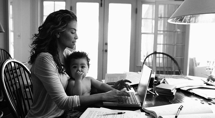 Madres y trabajadoras: ¿Cómo lidiar con la culpa?